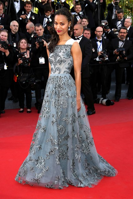 festival-cannes-2013-glamour-alfombra-roja-cine-cinema-marca-moda-fashion-brand-modaddiction-costura-actriz-couture-actress-famosa-people-lujo-Zoe-Saldana-Valentino