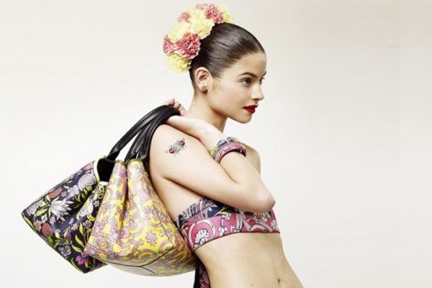 loewe-coleccion-tales-of-spain-collection-barcelona-tienda-pop-up-store-modaddiction-accesorioes-complementos-handbag-bolso-bag--paseo-gracia-loewe-2