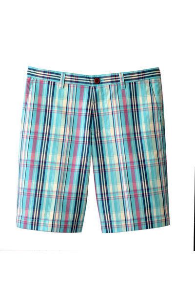 moda-hombre-bermuda-fashion-man-short-menswear-modaddiction-primavera-verano-2013-spring-summer-2013-preppy-chic-elegante-street-urbano-estilo-style-look-ben-sherman