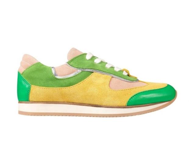 running-deportivas-sneakers-zapatillas-moda-fashion-trends-tendencias-modaddiction-estilo-chic-casual-sport-shoes-zapatos-calzado-footwear-san-marina