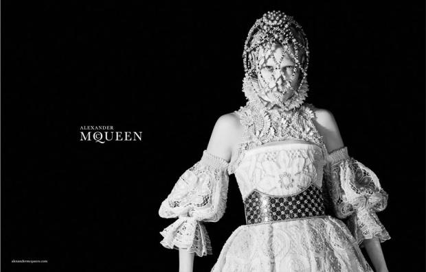 campanas-publicitarias-otono-invierno-2013-2014-campaign-fall-autumn-2013-2014-modaddiction-lujo-moda-fashion-luxe-alexander-mcqueen