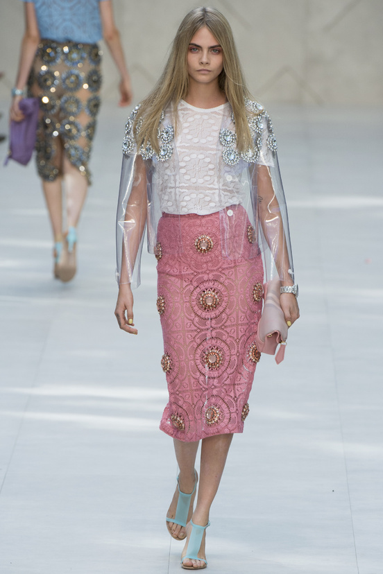 london-fashion-week-spring-summer-2014-semana-moda-londres-primavera-verano-2014-modaddiction-pasarela-desfile-runway-catwalk-burberry-prorsum
