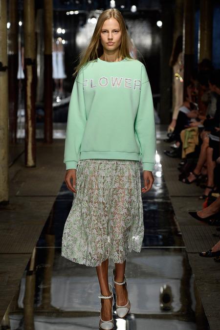 london-fashion-week-spring-summer-2014-semana-moda-londres-primavera-verano-2014-modaddiction-pasarela-desfile-runway-catwalk-christopher-kane