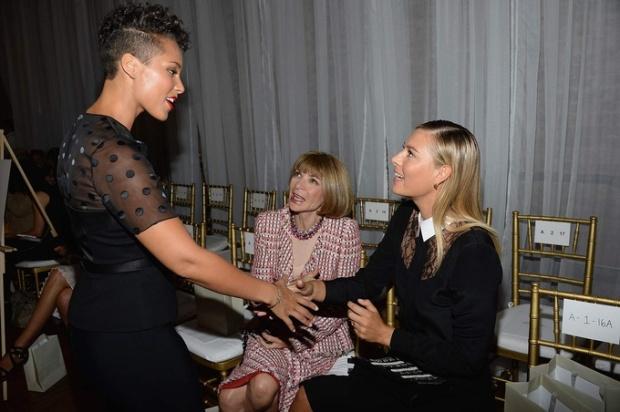 new-york-fashion-week-semana-moda-nueva-york-modaddiction-spring-summer-2014-2015-primavera-verano-2014-2015-Alicia-Keys-Anna-Wintour-Maria-Sharapova