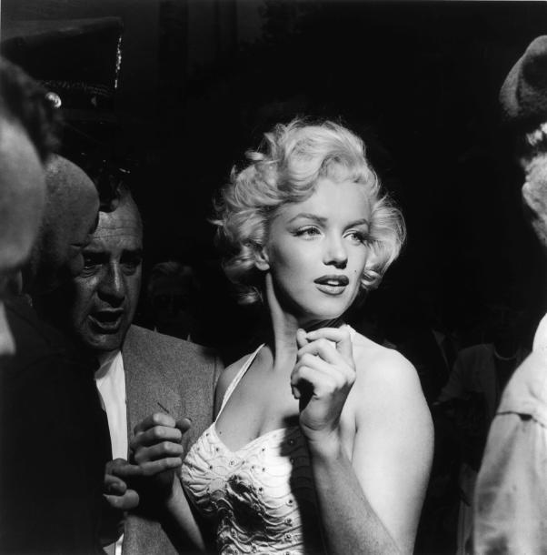 most-iconic-hair-styles-haircut-iconos-cortes-pelo-modaddiction-style-estilo-historia-history-moda-fashion-trends-tendencias-marilyn-monroe-blonde-bombshell.jpg