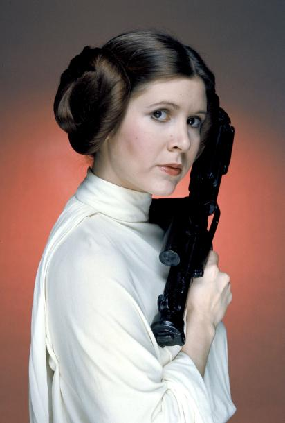 most-iconic-hair-styles-haircut-iconos-cortes-pelo-modaddiction-style-estilo-historia-history-moda-fashion-trends-tendencias-princess-leia-galactic-cinnamon-buns.jpg