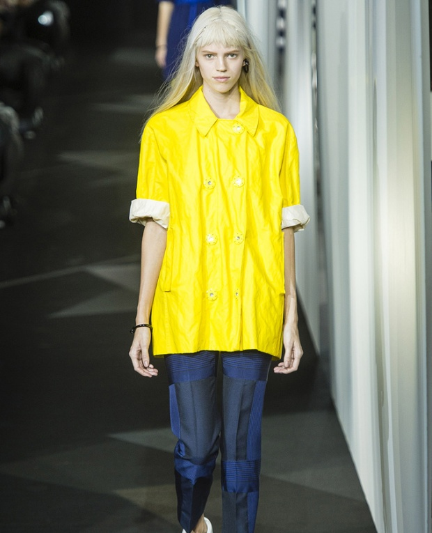 paris-fashion-week-pring-summer-2014-semana-moda-primavera-verano-2014-modaddiction-desfile-catwalk-pasarela-runway-chic-estilo-style-acne-1
