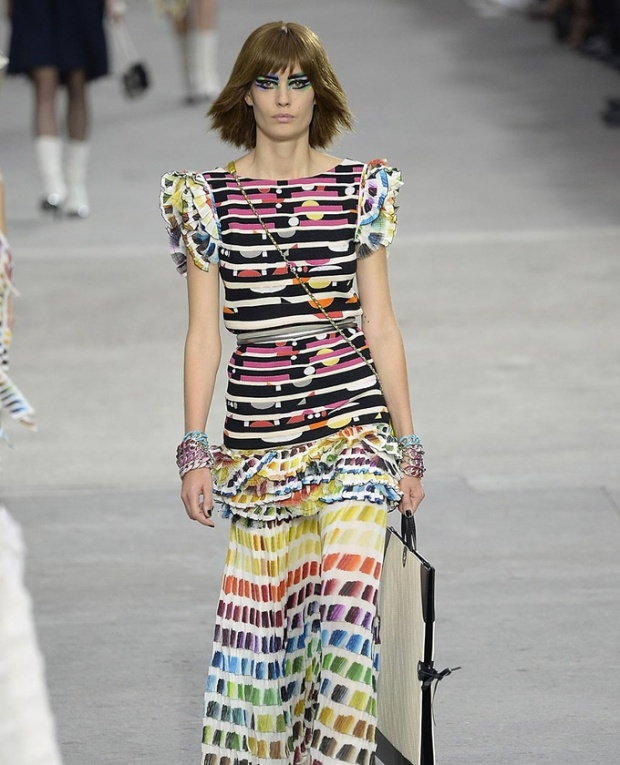 paris-fashion-week-pring-summer-2014-semana-moda-primavera-verano-2014-modaddiction-desfile-catwalk-pasarela-runway-chic-estilo-style-chanel-1