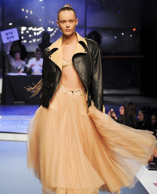 paris-fashion-week-pring-summer-2014-semana-moda-primavera-verano-2014-modaddiction-desfile-catwalk-pasarela-runway-chic-estilo-style-jean-paul-gaultier-1