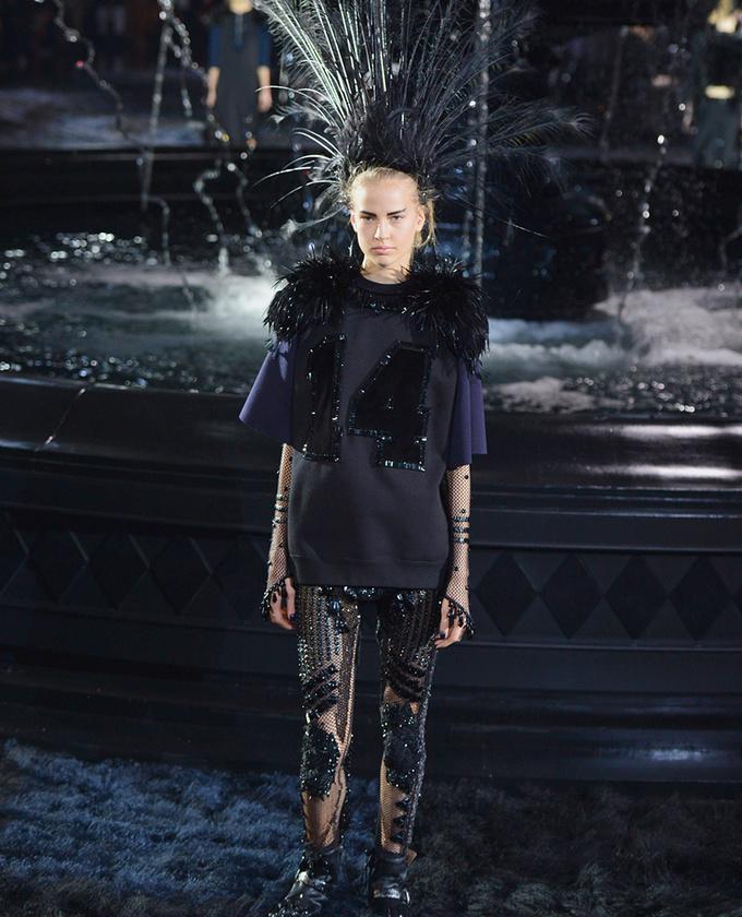 paris-fashion-week-pring-summer-2014-semana-moda-primavera-verano-2014-modaddiction-desfile-catwalk-pasarela-runway-chic-estilo-style-louis-vuitton-1