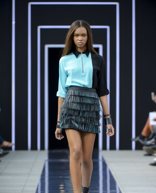 paris-fashion-week-pring-summer-2014-semana-moda-primavera-verano-2014-modaddiction-desfile-catwalk-pasarela-runway-chic-estilo-style-Maxime-Simoens-1