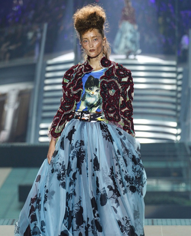 paris-fashion-week-pring-summer-2014-semana-moda-primavera-verano-2014-modaddiction-desfile-catwalk-pasarela-runway-chic-estilo-style-vivienne-westwood-1