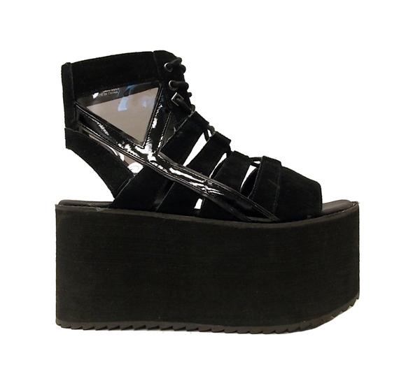fashion-brand-yru-trends-tendencias-plataformas-calzado-firma-americana-modaddiction