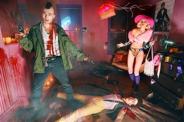 david-lachapelle-guilty-thing-2003-creative-photography-fotografia-creativa-modaddiction-7