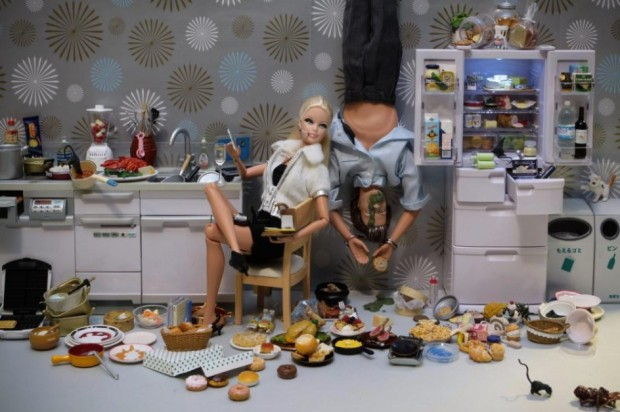 barbie-killer-ken-mariel-clayton-photography-fotografia-barbie-asesina-modaddiction-4