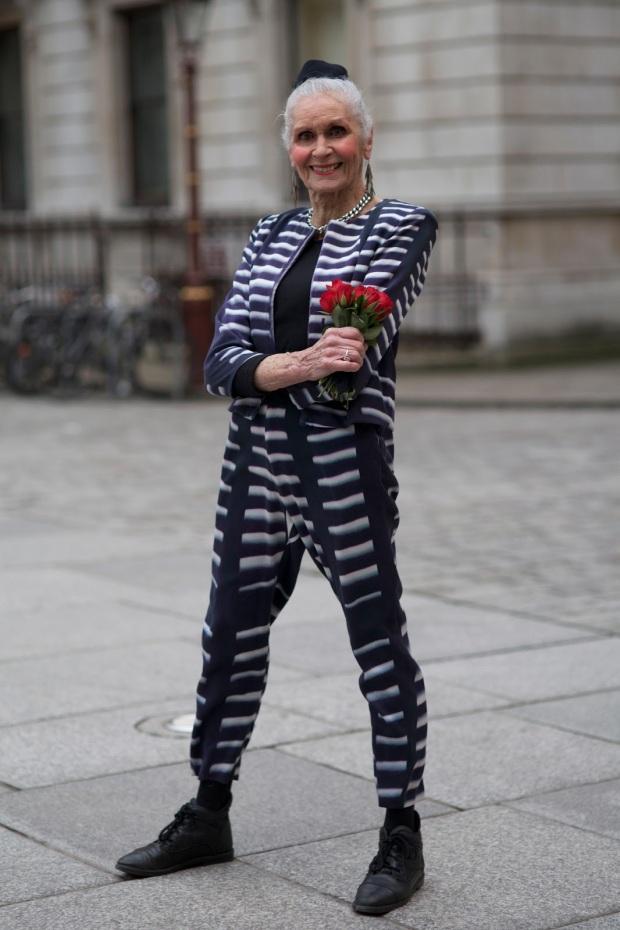 advanced-style-blog-seth-cohen-fashion-trends-women-age-moda-tercera-edad-tendencias-modaddiction-1b