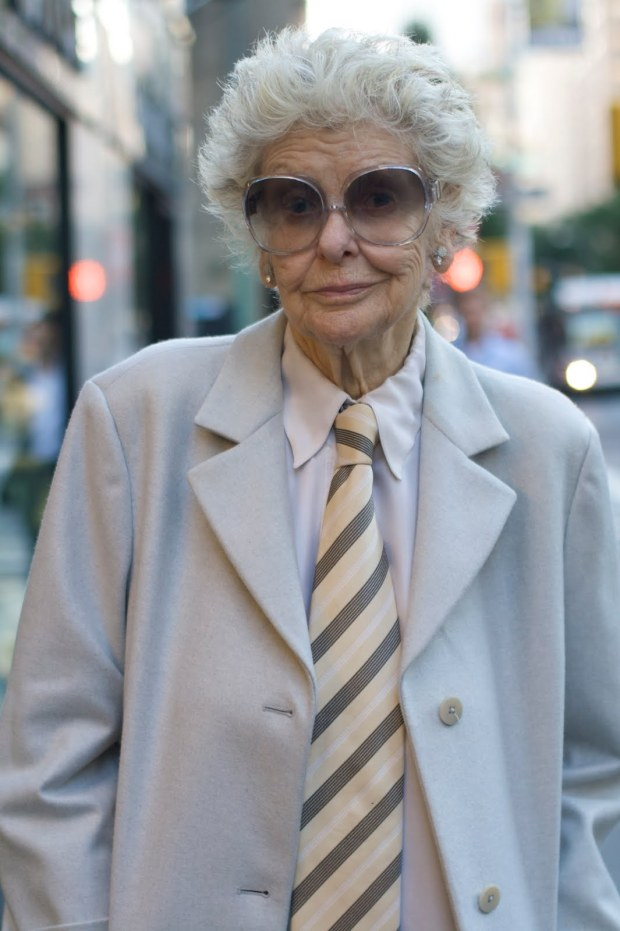 advanced-style-blog-seth-cohen-fashion-trends-women-age-moda-tercera-edad-tendencias-modaddiction-2