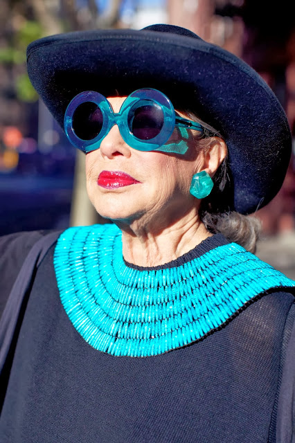 advanced-style-blog-seth-cohen-fashion-trends-women-age-moda-tercera-edad-tendencias-modaddiction-5
