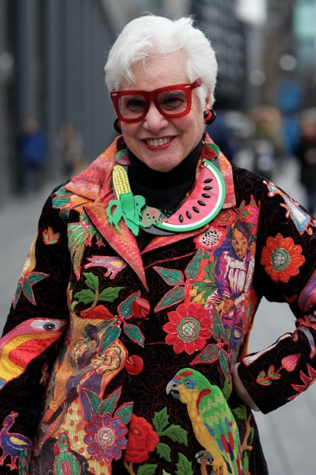 advanced-style-blog-seth-cohen-fashion-trends-women-age-moda-tercera-edad-tendencias-modaddiction-6b