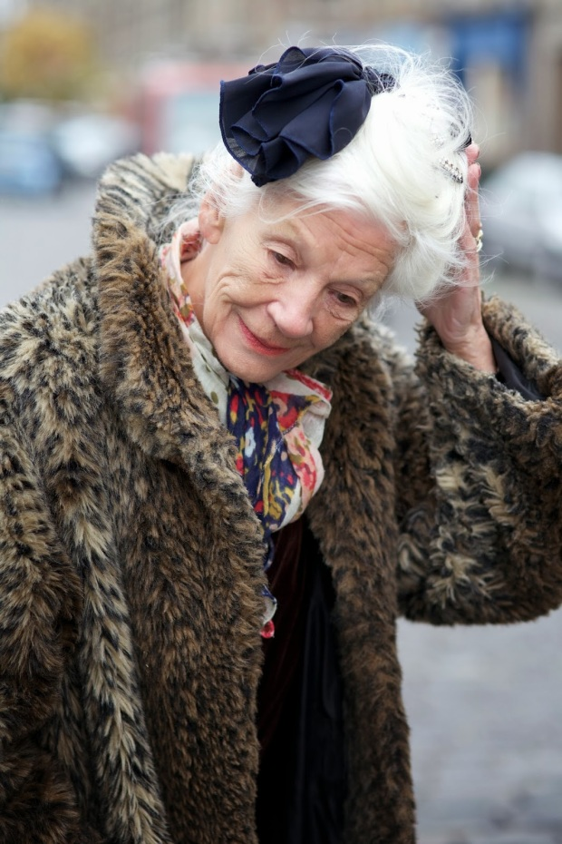 advanced-style-blog-seth-cohen-fashion-trends-women-age-moda-tercera-edad-tendencias-modaddiction-7