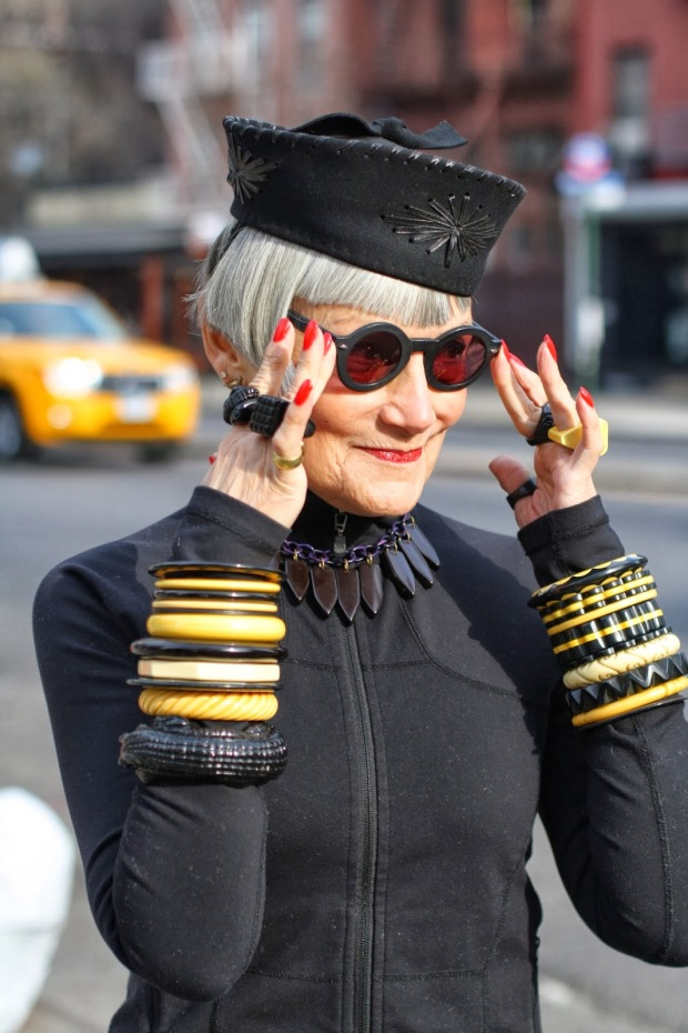 advanced-style-blog-seth-cohen-fashion-trends-women-age-moda-tercera-edad-tendencias-modaddiction-8