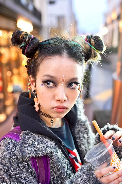 hirari-ikeda-japanese-fashion-icon-looks-alternative-trends-tendencias-looks-japonesas-modaddiction-3b