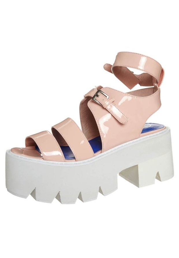 ugly-shoes-trends-itgirls-bloggers-fast-fashion-stella-mccartney-tendencias-moda-calzado-zapatos-primavera-verano-2014-modaddiction