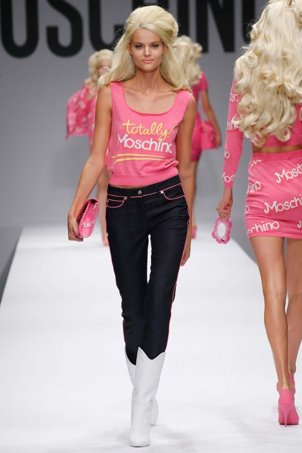 moschino-capsule-collection-spring-summer-barbie-pink-color-fashion-trends-blog-modaddiction-9